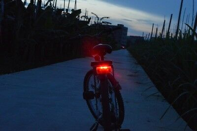 FOXEYE BIKE CYCLE BICYCLE REAR TAIL LIGHT LED FLASHING FOR LUGGAGE CARRIER RACK