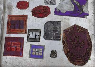Konvolut Klischees Bleisatz Druckstock Bleiklischee Stempel Vintage Klischee alt 4