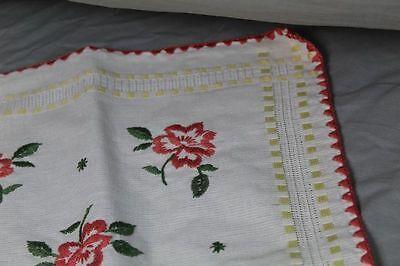 2 Tischläufer - Baumwolle mit gesticktem Blumen + Landhaus Muster   /S193 4