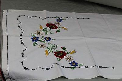 2 Tischläufer - Baumwolle mit gesticktem Blumen + Landhaus Muster   /S193 2