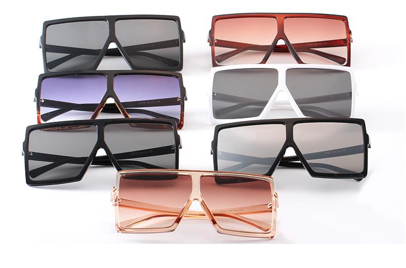 Oversized  Vintage Trend Square Sunglasses Classic Gradient Retro Glasses Women 3
