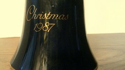 VTG 1987 Avon CHRISTMAS BELL Porcelain W/22 KT GOLD -  NO BOX -FREE SHIPPING