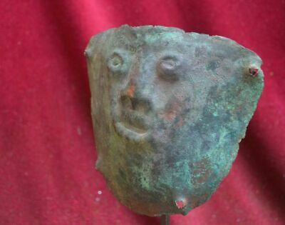 Very rare and nice copper Mummy bundel Mask with human face, Vicus culture Peru 5