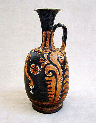 Magnificent ANCIENT APULIAN RED-FIGURED SQUAT LEKYTHOS, circa 350 B.C. 2