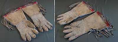 Fine 1900 Native American Yakama, Umatilla, Nez Perce Beaded Gauntlet Gloves