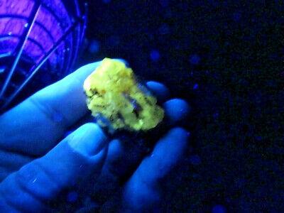 """Minerales """" Bonito Cristal De Cerusita De Touissit (Marruecos)  - 11A13 """". 2"""