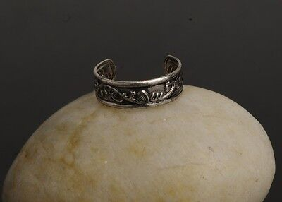 Ancient Silver Toe Thumb Finger Ring Celtic Style Pattern Womens Size D and up 2