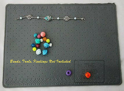 Clear Sticky Bead Mat 7.5 X 5.5 inch from the BEADSMITH BMS3