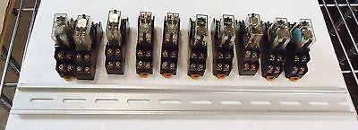 10 Omron G2R-212S-V-N-Us W/rj9Sa)Max.5A250V And Aluminum Runner/base 5