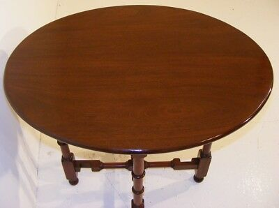 Good Quality Antique Very Unusual Mahogany Tip Up Folding Table 6