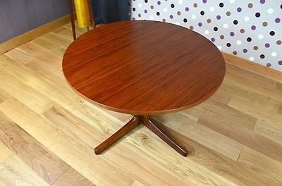 Table Basse Ronde Design Scandinave En Teck Vintage 1960