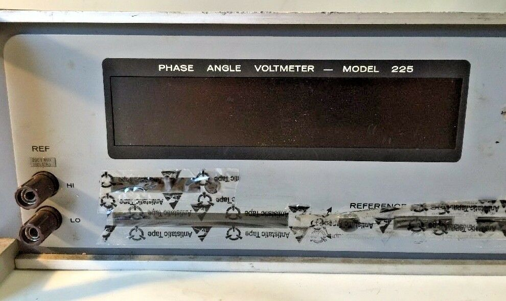Phase-Angle Digital Voltmeter Model 225 865437-301 DRS Sustainment Systems 3