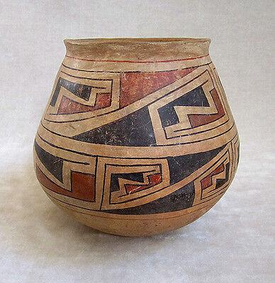 Pre-Columbian CASAS GRANDES POLYCHROME VESSEL, ca. A.D. 1160-1260 3
