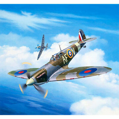 REVELL Spitfire Mk.IIa 1:72 Aircraft Model Kit 03953 3