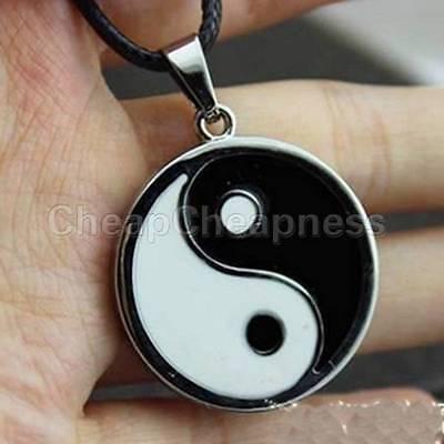 Yin Ying Yang Anhänger Schwarz Weiß Halskette Charme mit schwarzem Lederband ZP