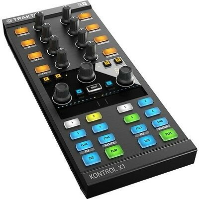 Native Instruments Traktor Kontrol X1 Mk2 & Scratch A6 DVS Digital DJ Package
