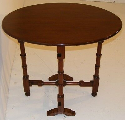Good Quality Antique Very Unusual Mahogany Tip Up Folding Table 5
