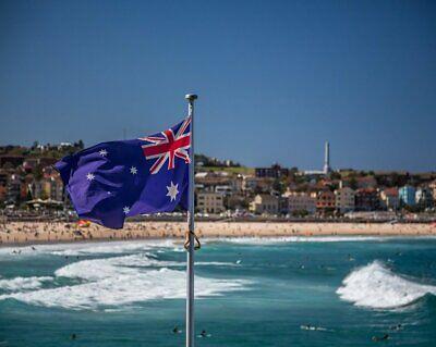 **FREE SHIPPING** HEAVY DUTY 1800x900 Australian Flag Polyester Sister Clips 6