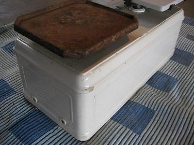 Historische 10 kg Porzellanwaage G.M.A. 3