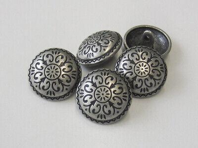 5748as 6 traditionelle Trachtenknöpfe aus Metall in altsilber