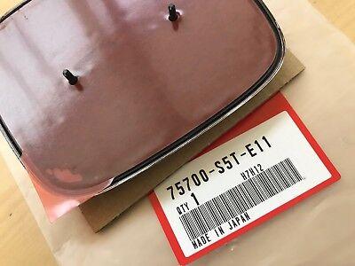 GENUINE JDM FD2 HONDA FRONT RED EMBLEM 04-05 CIVIC OEM TYPE R NEW 75700-S5T-E11