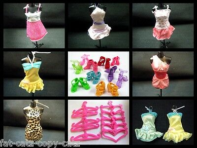 36 or 15 PIECES BARBIE DOLL DRESSES, SHOES & HANGERS CLOTHES SET UKSELL FREE P&P 3