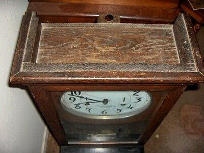 "ANTIQUE OAK ""INTERNATIONAL  TIME CLOCK w/ KEY - NEEDS RESTORATION 4"