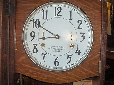 "ANTIQUE OAK ""INTERNATIONAL  TIME CLOCK w/ KEY - NEEDS RESTORATION 2"