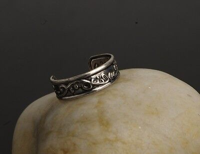 Ancient Silver Toe Thumb Finger Ring Celtic Style Pattern Womens Size D and up 4