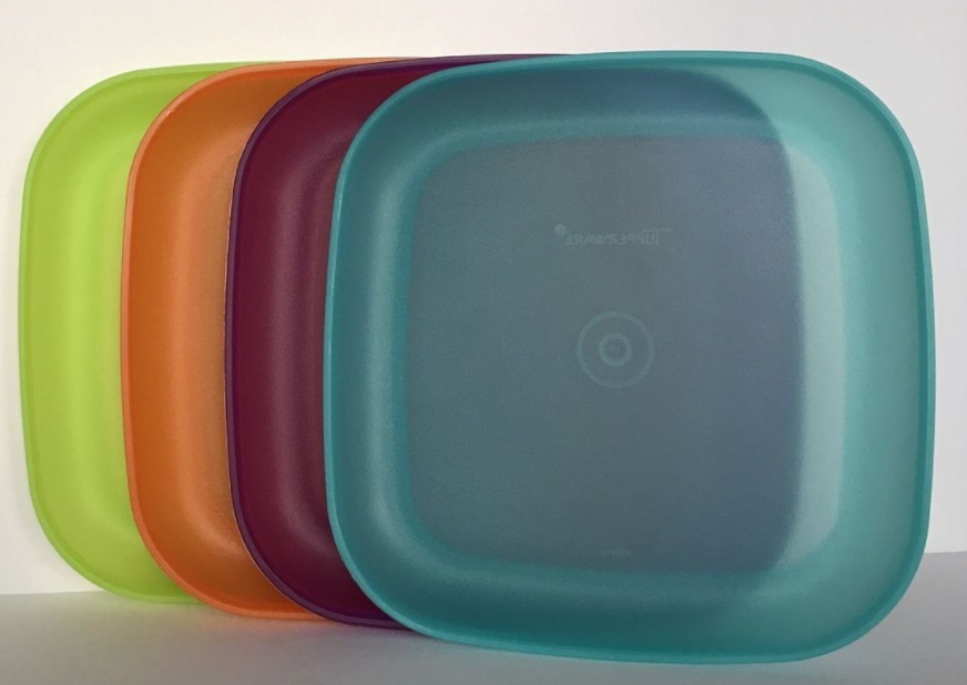 ... Tupperware Plates Set of 4 Luncheon Size 8 /20cm Square Purple Aqua Org Grn & TUPPERWARE PLATES SET of 4 Luncheon Size 8