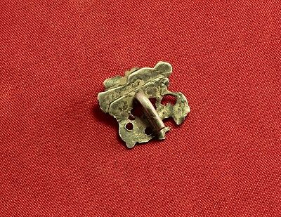Nice Medieval Silver Mantle Buckle, 14. Century, With Stone 3