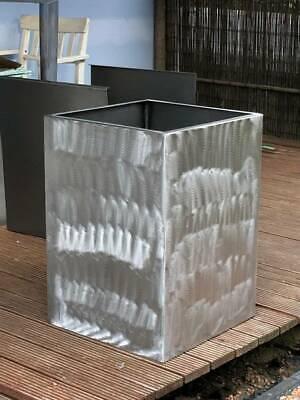 Blumentopf außen ca 60x60x60 cm Neuanfertigung rostend Stahl