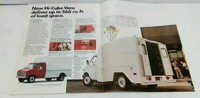 1975 CHEVROLET CHEVY VAN TRUCK SHOWROOM BROCHURE GM HI-CUBE G10 G20 G30 ORIGINAL