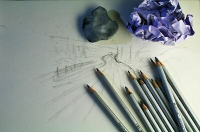 Water Colour Charcoal Sketching Pencils Drawing Set of School HB Artist Colour 7