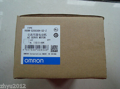 1pcs OMRON AC Servo Motor R88M-G20030H-S2-Z NEW 4