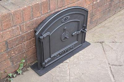 58.5 x 43 cm cast iron fire door clay bread oven doors pizza stove smoke house N 2