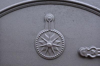 58.5 x 43 cm cast iron fire door clay bread oven doors pizza stove smoke house N 5