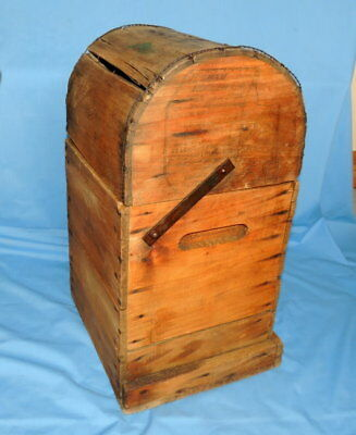 Primitive Antique Higham Rocker Lid Wood Box W/Antique Glass Bottle 2