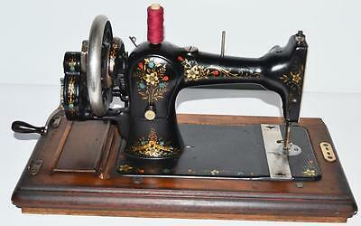 1920's S. Davis & Co Hand Crank Sewing Machine - FREE Delivery [PL2106] 4