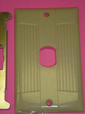 Nos (2) Eagle Interchange Single Gang Ivory Ribbed Bakelite Wall Plate, Vertical 2