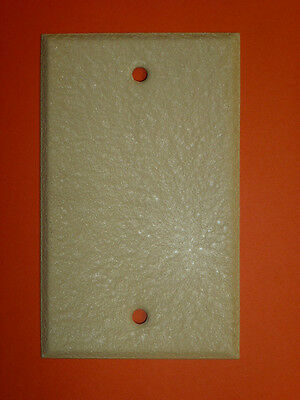 NOS! LOT of (23) BLANK IVORY CRACKLE SINGLE GANG WALL PLATE,