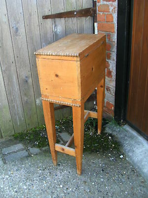 Small decorative pine craft chest or box sewing knitting needlework tapestry 5