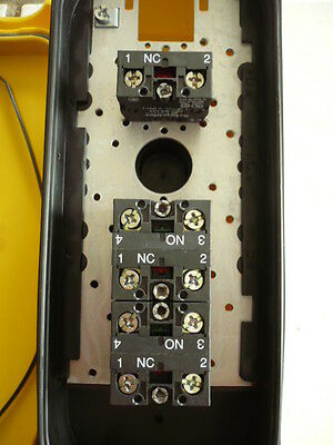 Telemecanique XAC-A02 Hängetaster Steuerflasche Handsteuerung Kransteuerung