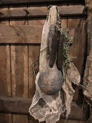 Primitive Dried Gourd Early Look Peg Hanger Homestead Door Keep Corn Cobs #2
