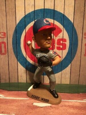 KERRY WOOD #34 Chicago CUBS MLB 2004 Bobble Dobbles Bobblehead #821 OF 3000 5
