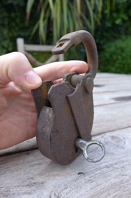 Antique Padlock with one working key 7