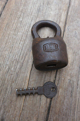 Antique / Vintage Padlock with one working key. 2