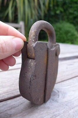 Antique Padlock with one working key 4