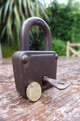 Antique / Vintage Padlock with one working key. Love bridge padlock. 5