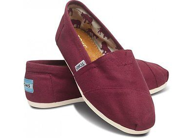 e020c7730bc 8 of 10 New Authentic Womens Toms Classic Slip On Flats Canvas Shoes US  sizes